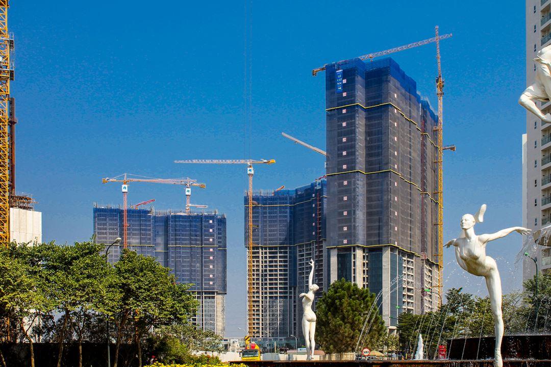 Sunshine City chính thức cất nóc tòa S6 tòa đầu tiên của dự án